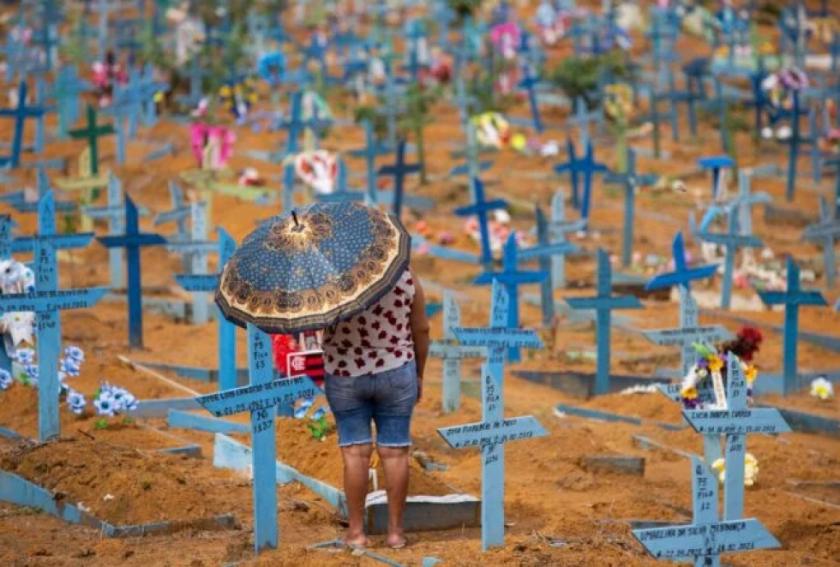 América Latina y el Caribe superan el millón de muertos mientras laboratorios prometen más dosis