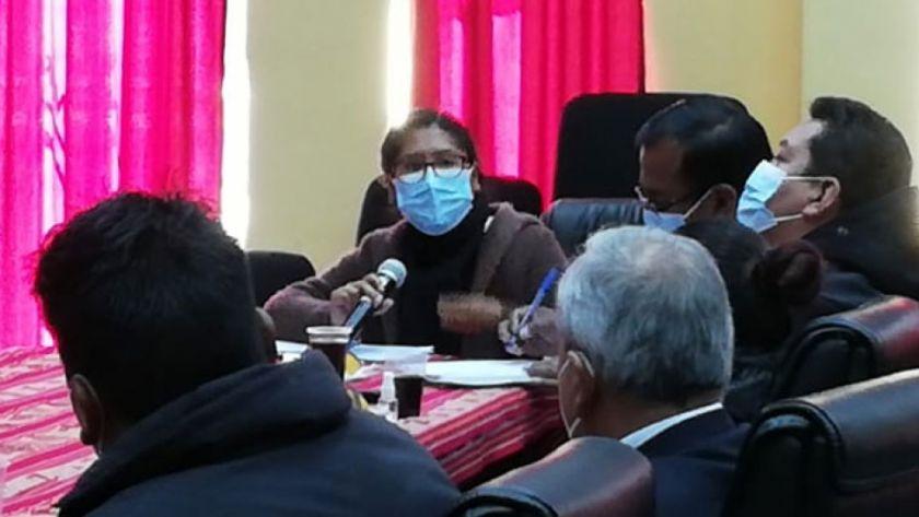 Alarmada con informes de hospitales, Copa pide reflexión a los alteños para usar barbijo