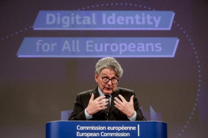 """Europa pide """"reciprocidad"""" a Estados Unidos en la acogida de turistas"""