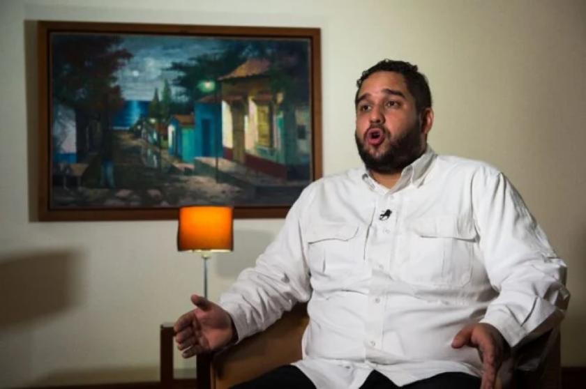 """El chavismo busca corregir """"errores"""" para atraer inversionistas, afirma diputado"""