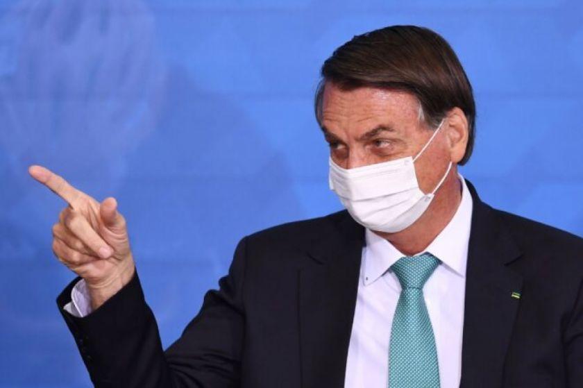 Bolsonaro, en la picota por una factura millonaria de vacunas indias