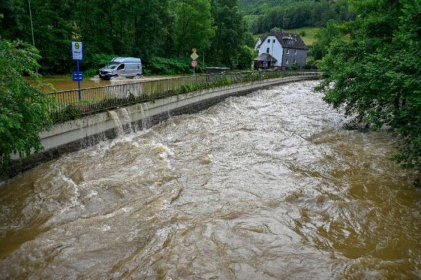 Reportan que hay al menos 4 muertos en Alemania por un temporal