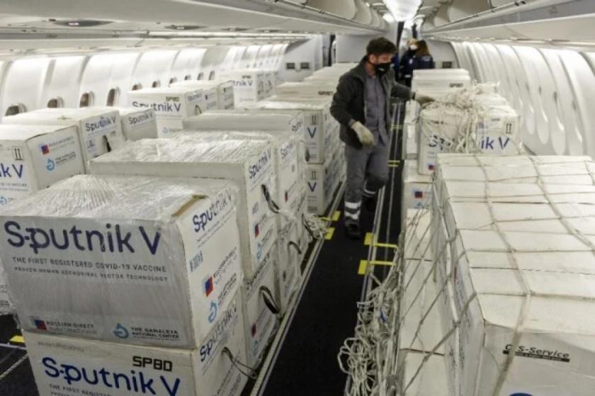 Argentina reclama a Rusia por atrasos en entregas de la vacuna Sputnik V