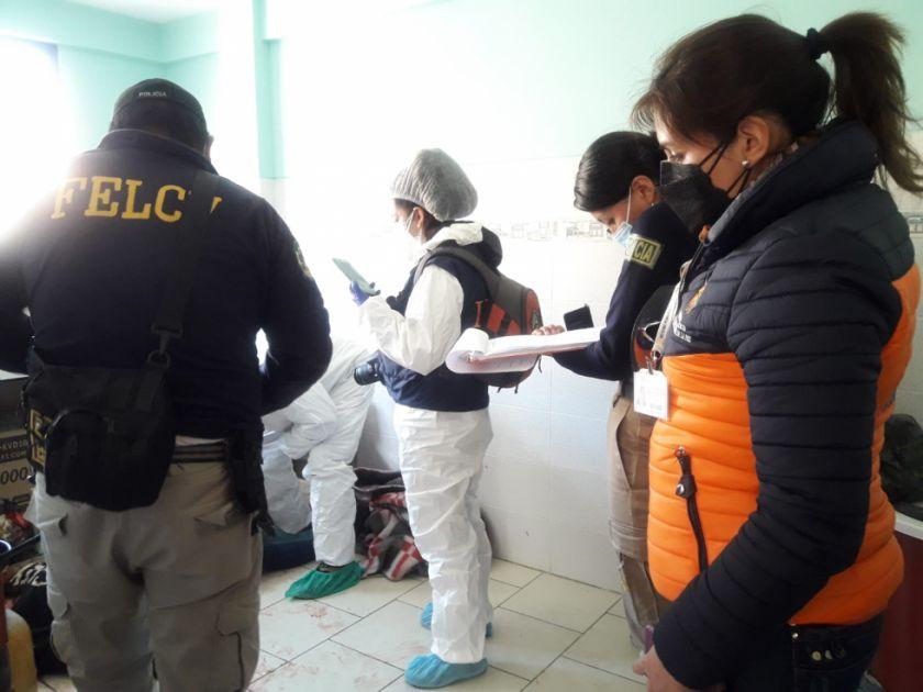 La Paz: Mujer fue asesinada por su expareja con más de 20 puñaladas delante de sus hijos