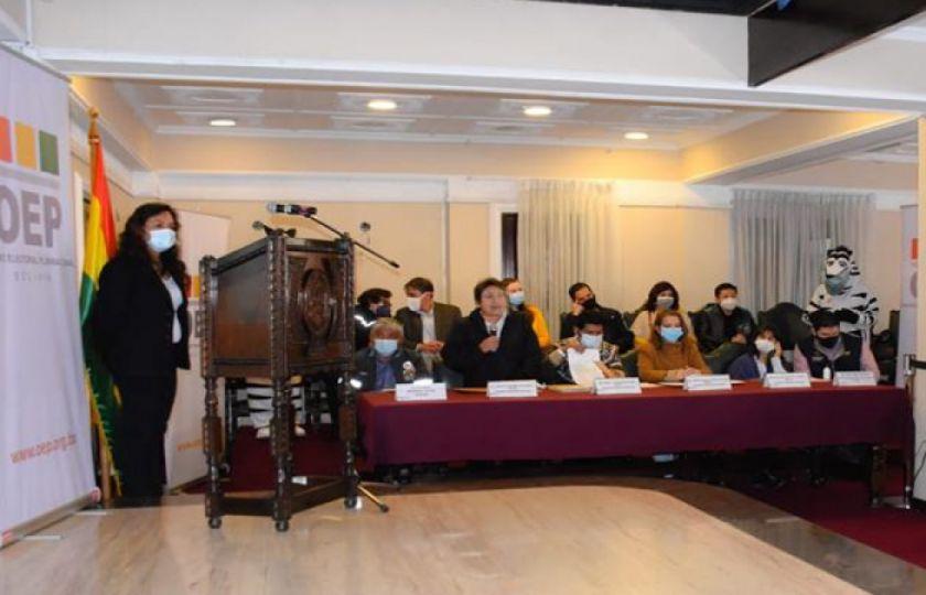 Albergues y centros infantiles de La Paz se beneficiarán con certificados de nacimiento gratuitos