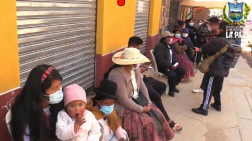 Gobernación de La Paz destinó 130.000 dosis de vacuna contra el Covid-19 para las provincias