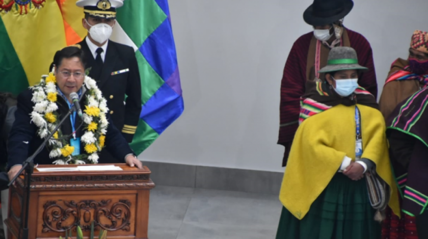 """Arce en la inauguración del nuevo edificio de la ALP: Aquí no habrá lugar para los """"vende patrias"""""""