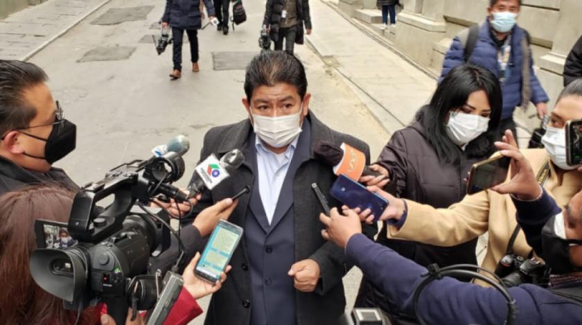 Gobierno anuncia demanda penal contra autores del incendio en cercanías de Viru Viru