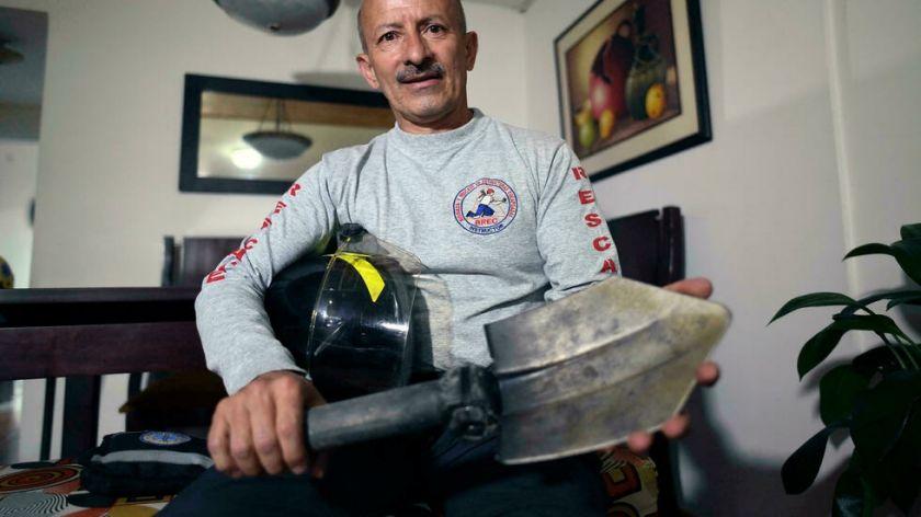 """""""¿Pude haber hecho más?"""", se cuestiona un bombero colombiano 20 años después del 11/9"""