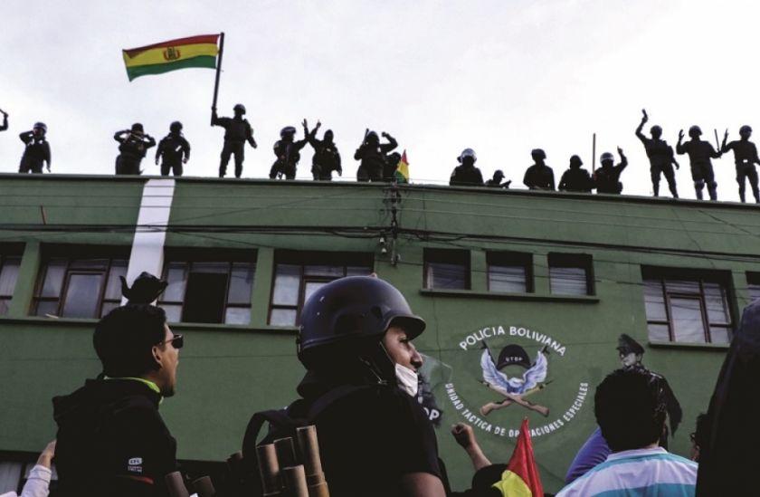 Continúa la purga en la Policía Boliviana