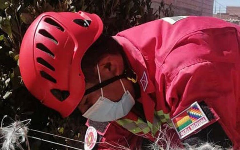 La Paz: Reportan caída de dos hombres a un barranco en La Paz, uno falleció