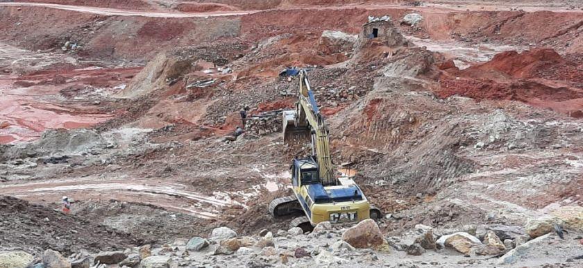 Comibol admite que los hundimientos favorecen a los operadores mineros