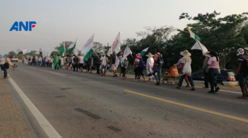 Indígenas pasan tramo crítico de San Julián y toman fuerza hacia Santa Cruz