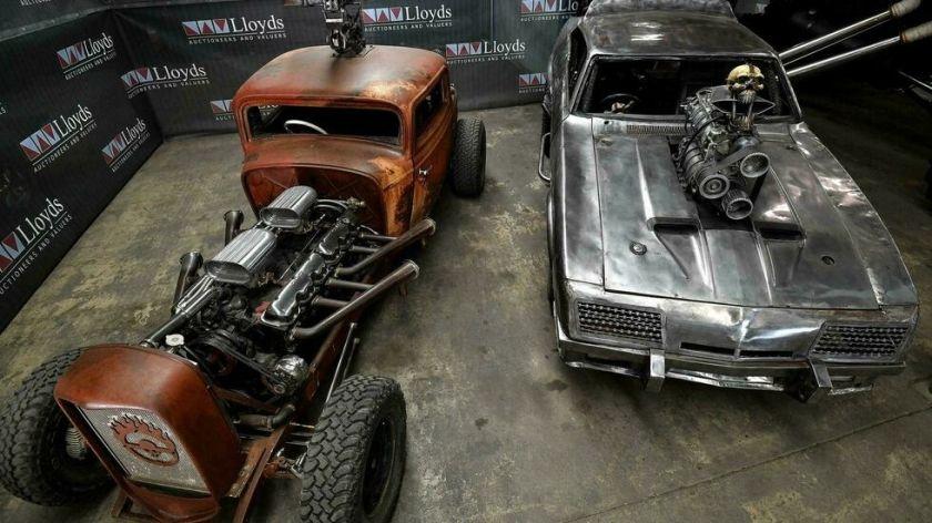 """Subastan los extravagantes autos de """"Mad Max: Furia en el camino"""" en Australia"""