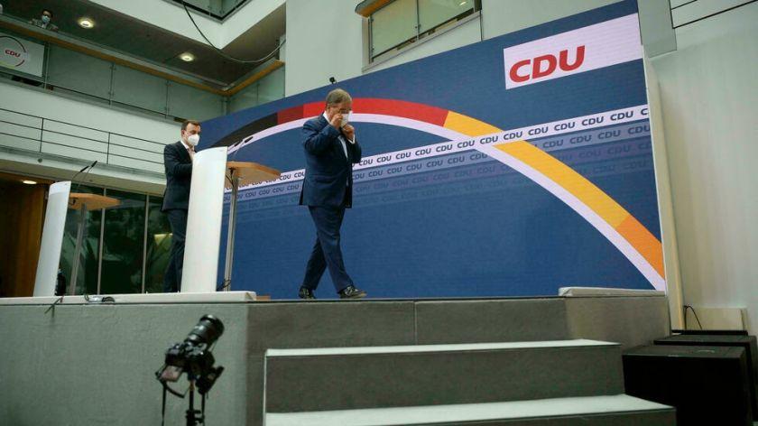 Crece la crisis en el partido conservador alemán tras la derrota en las urnas