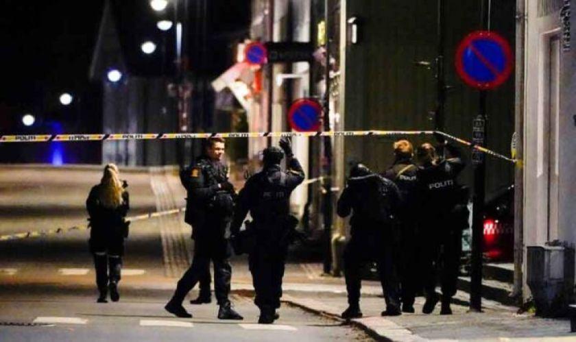 Hombre con arco y flechas mata a varias personas en Noruega y es detenido