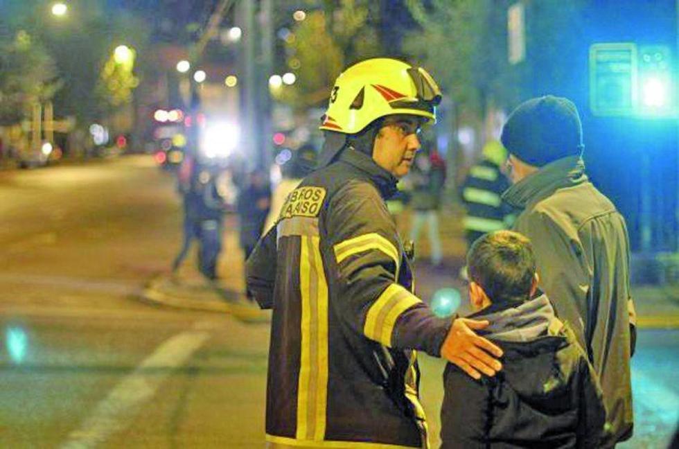 Sismo deja tres muertos en Chile y emiten alerta de tsunami