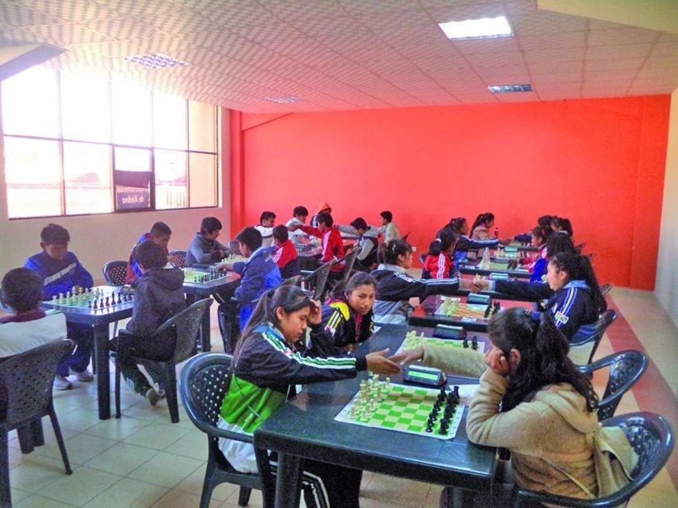 """La final de ajedrez se realizará en el coliseo cerrado """"Ciudad de Potosí""""."""
