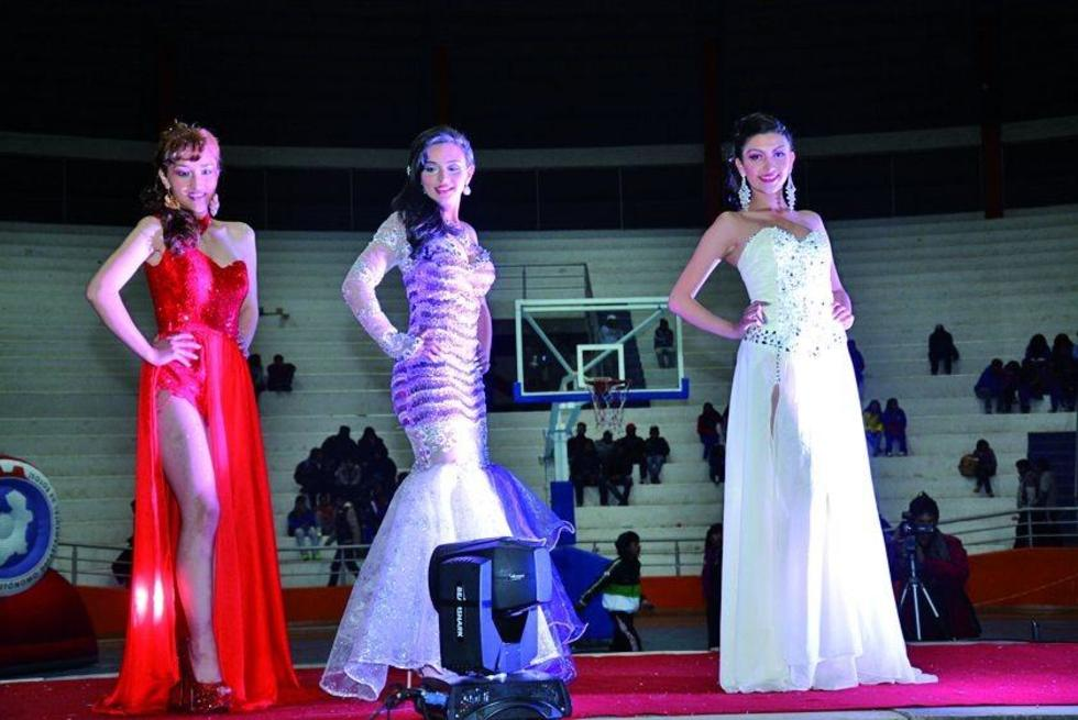 María Elbira Quintanilla, Carmen Sánchez Vidal y Mariane Lujan Barrenechea.