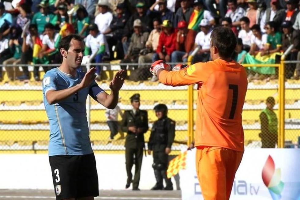 La celebración uruguaya luego de uno de los tantos. Foto: EFE
