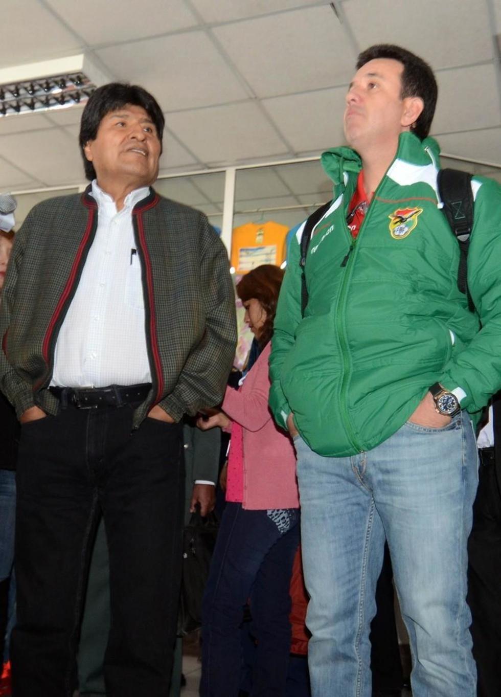 Julio Baldivieso arremete contra Guido Loayza