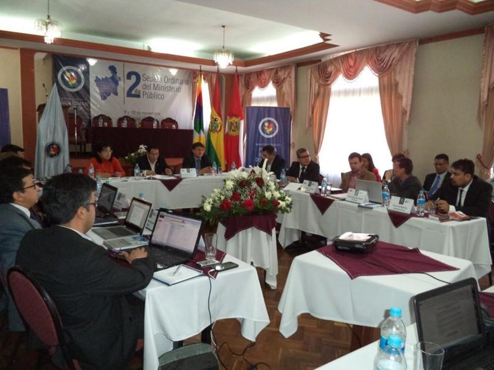 Los fiscales de Bolivia llegaron a Potosí.