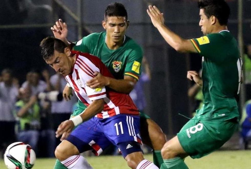 Una escena del partido entre y Bolivia. Foto: EFE