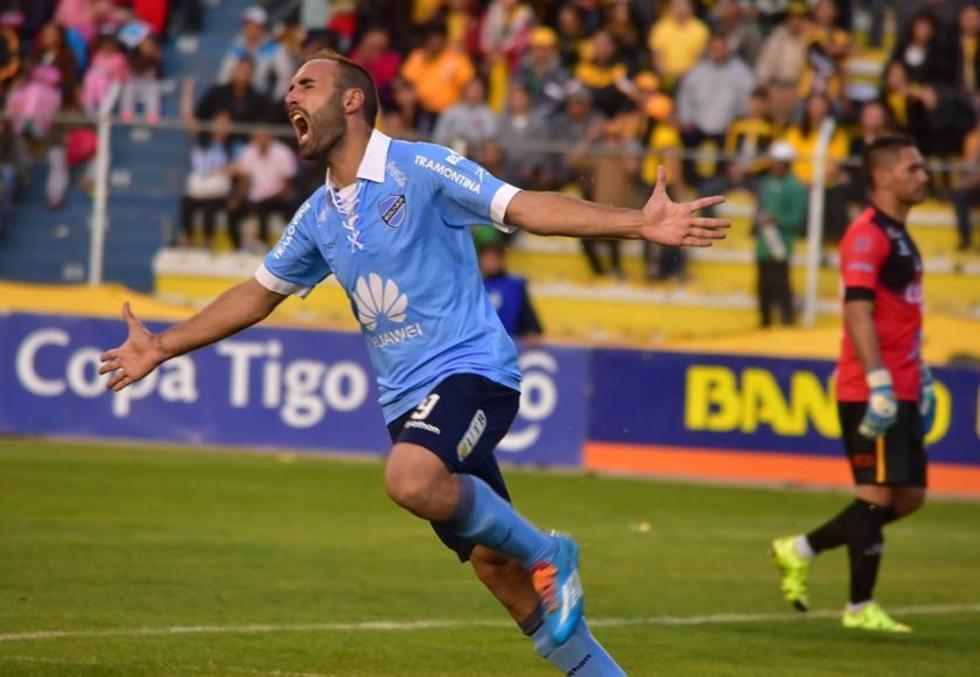 José Luis Sánchez celebra el segundo gol de los celestes.