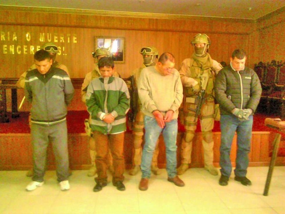 Presentan a los cuatro inculpados miembros de una organización de atracadores.
