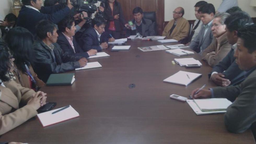 Ayer se reunió el Consejo Técnico de la Gobernación.