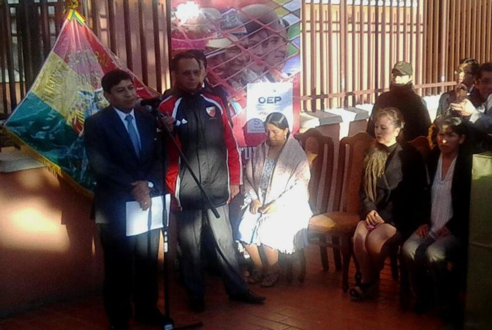 La inauguración de la jornada electoral fue a las 7:00.