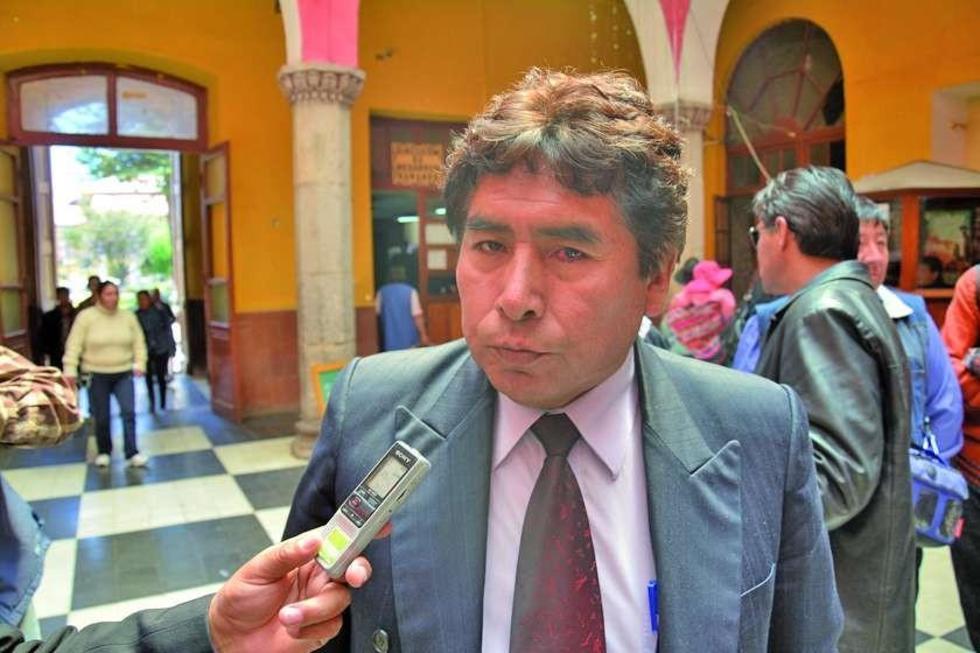 Severino Mamani niega acusaciones de maltrato a jugadores
