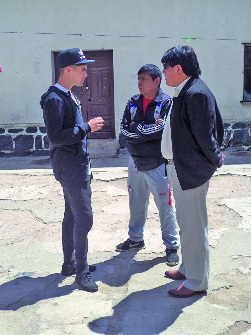Bruno Pascua, Jhonny Terrazas y Vladimir Colque.