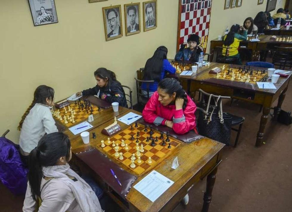 La cruceña Prado gana el Nacional Clasificatorio de Ajedrez