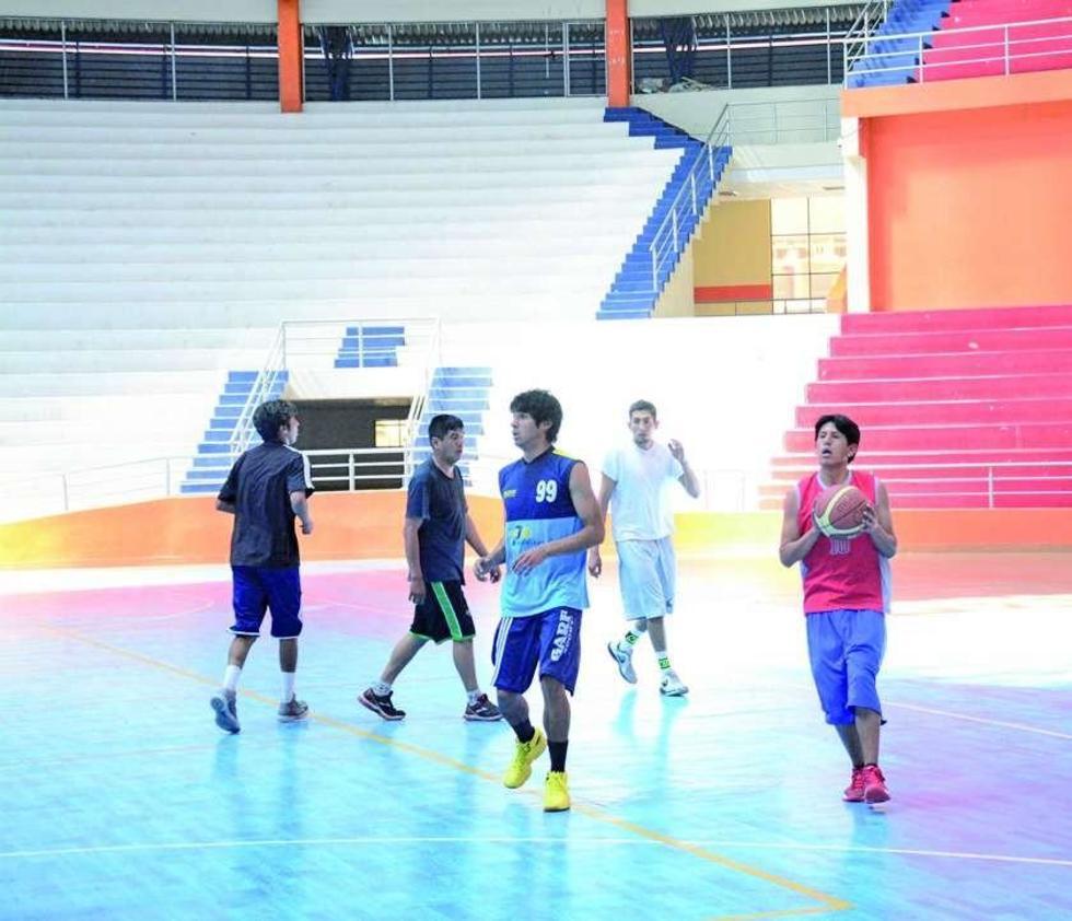 Los jugadores del equipo potosino en pleno entrenamiento.