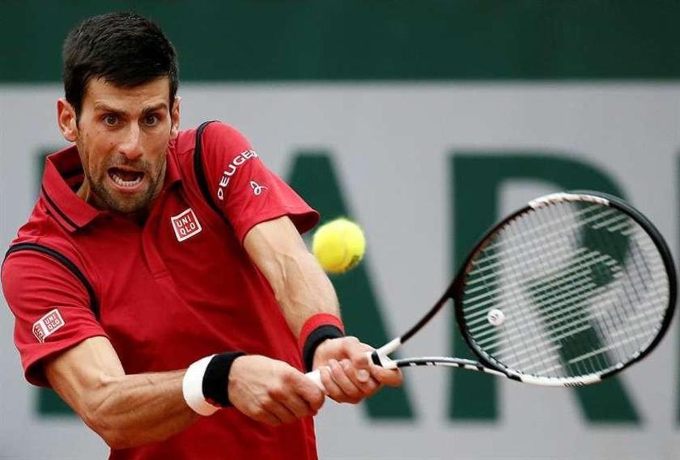 Djokovic se enfrenta a Murray en la final de Roland Garros