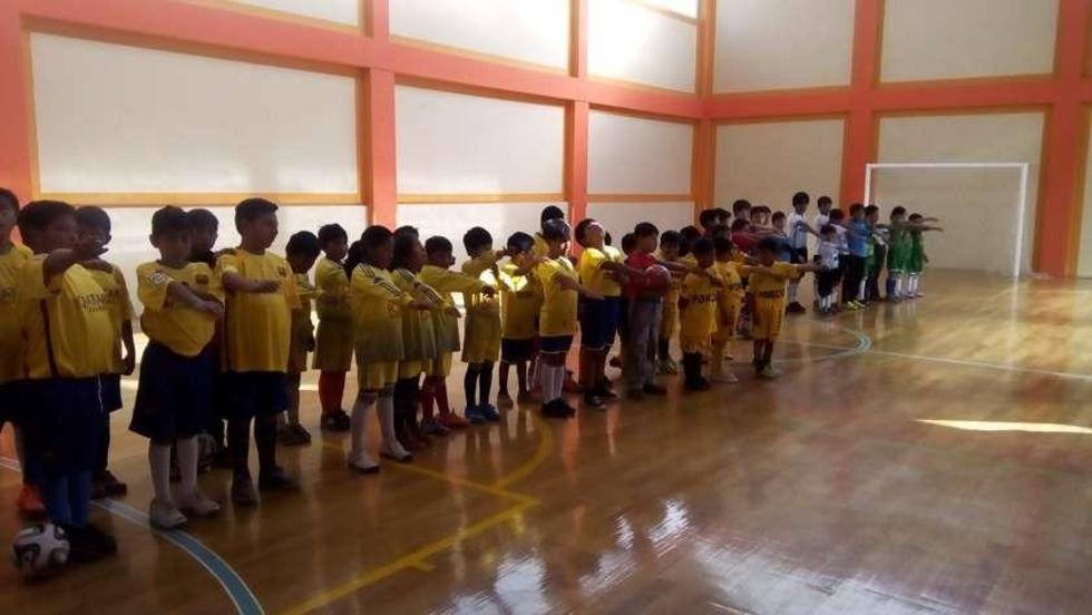 Campeonato infantil de fútbol de salón comienza con la presencia de 14 equipos