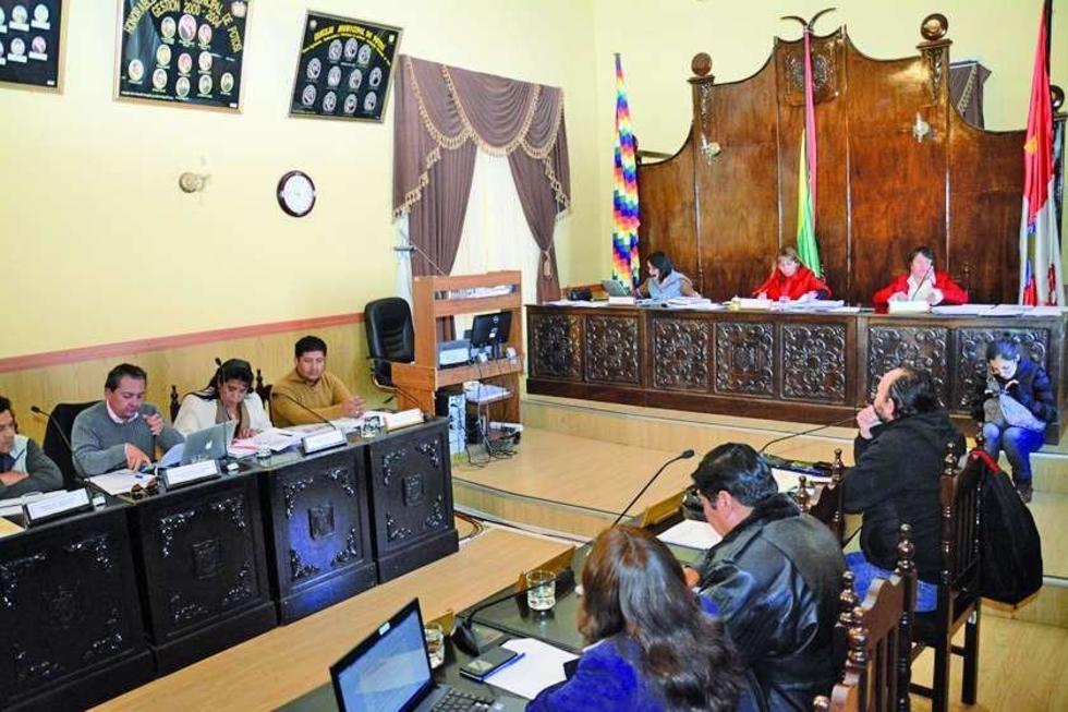 Comienza la constitución del jurado de imprenta