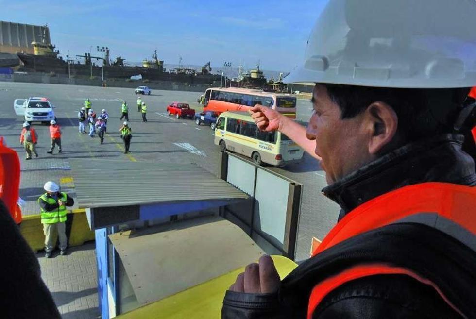 Comisión detecta atropellos en puerto de Arica