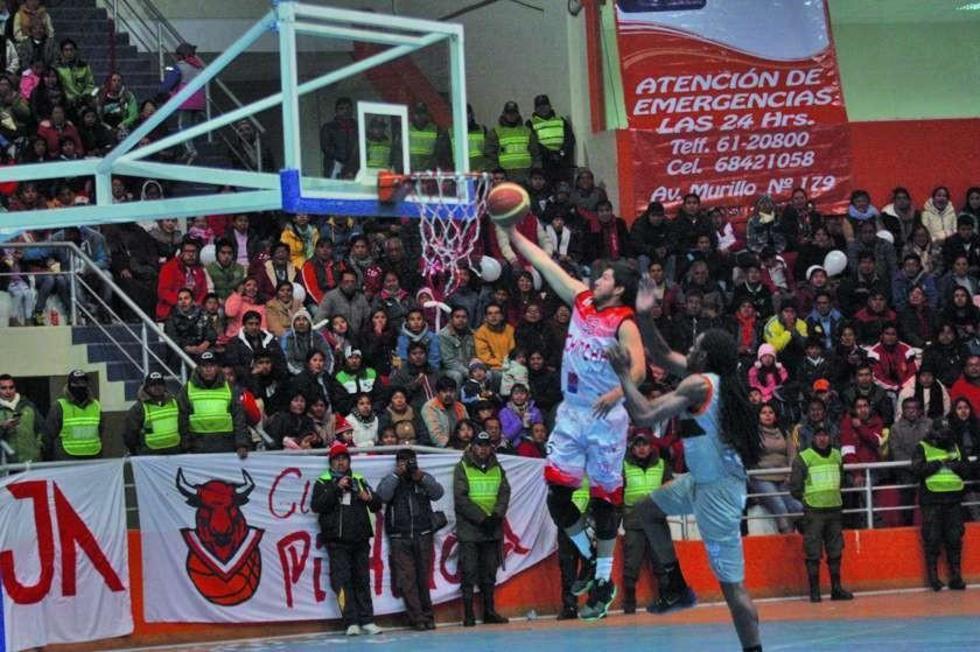 Pichincha pasa a semifinales de Libobásquet