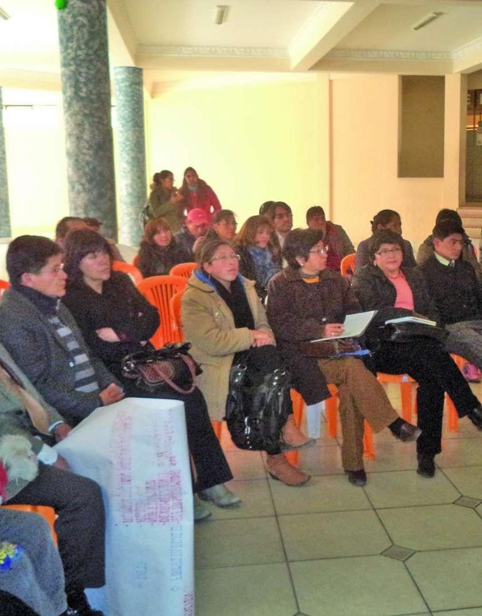 La participación de los actores en el curso.