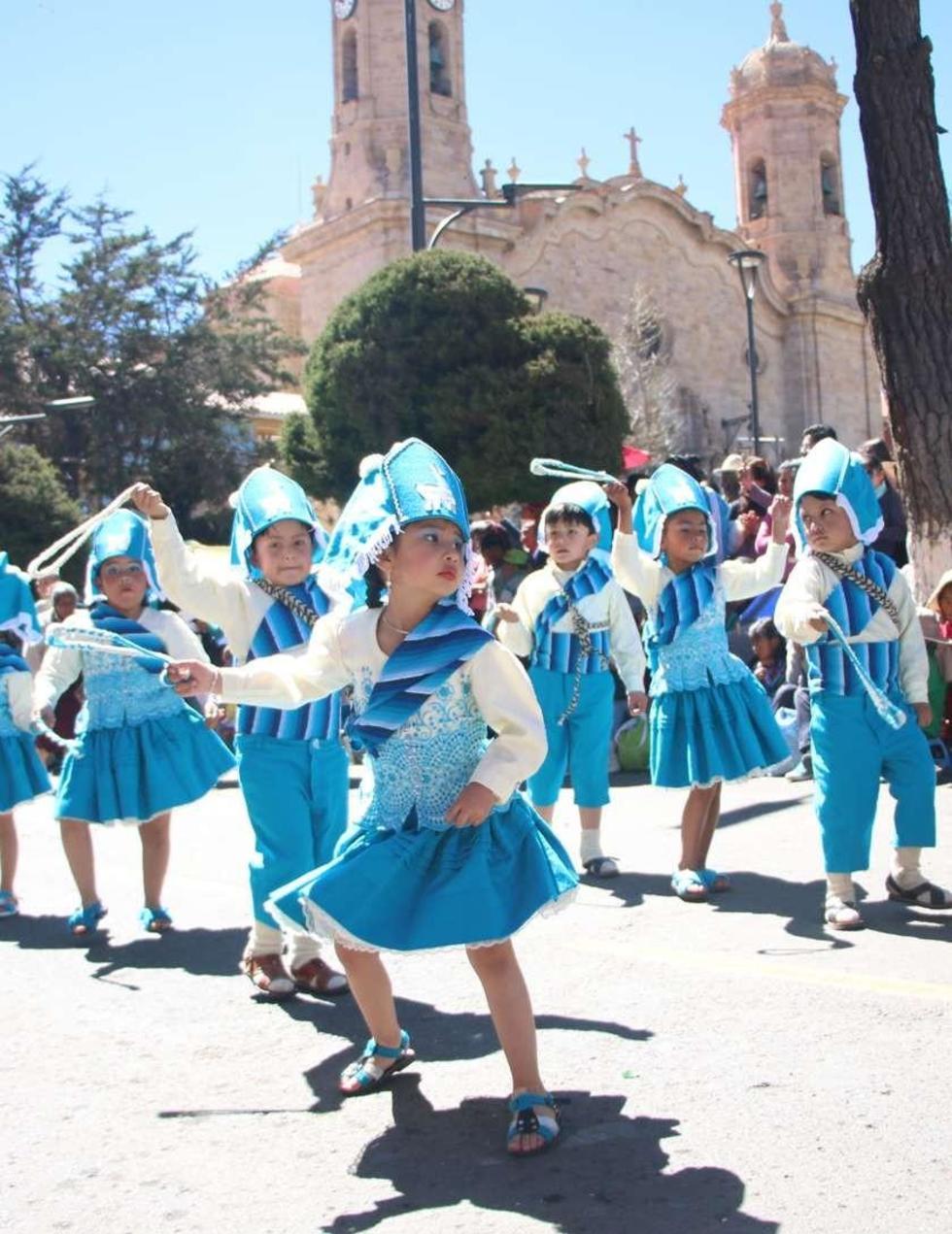 Los bailarines del María Auxiliadora.