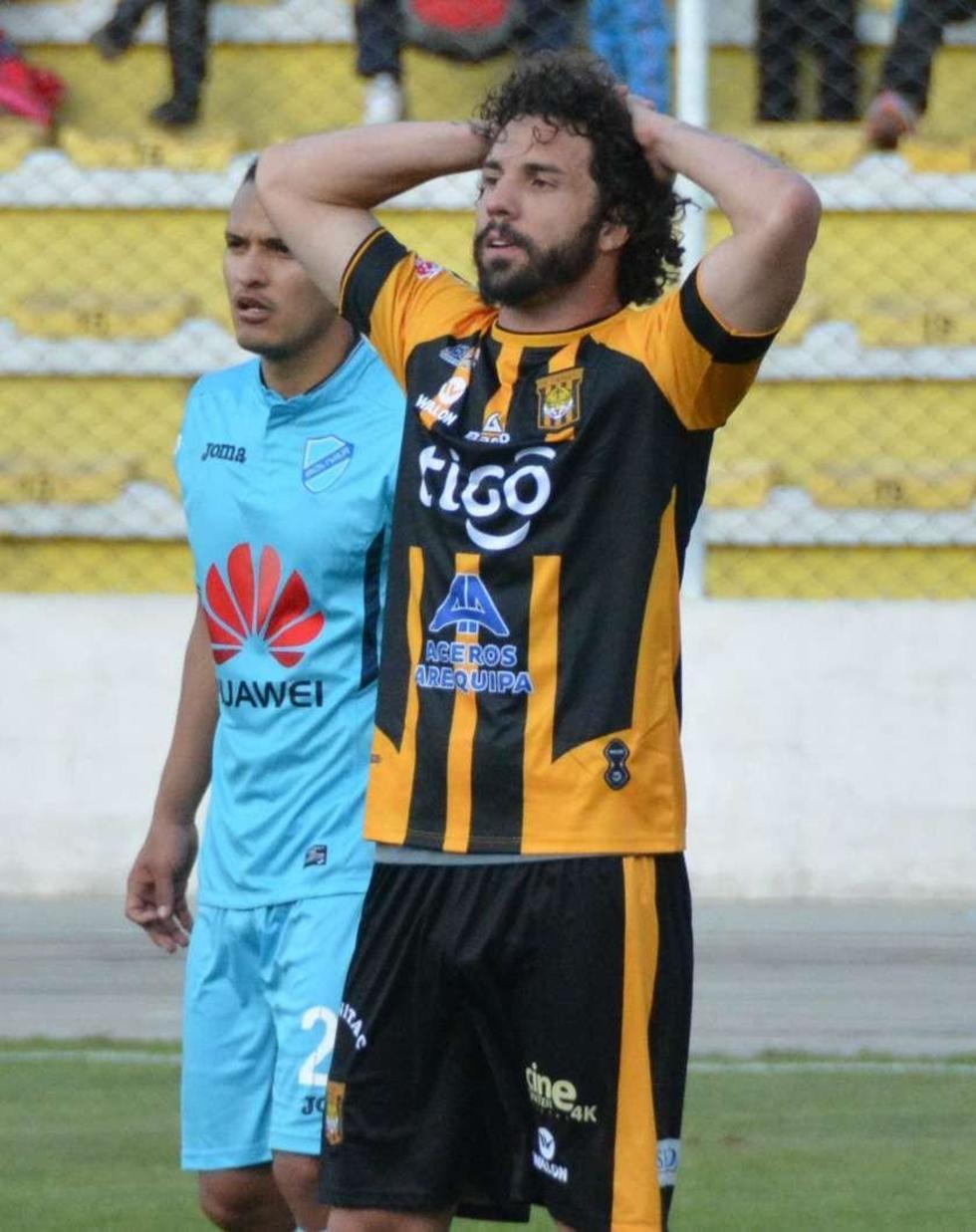 Fernando Marteli se lamenta tras la derrota.