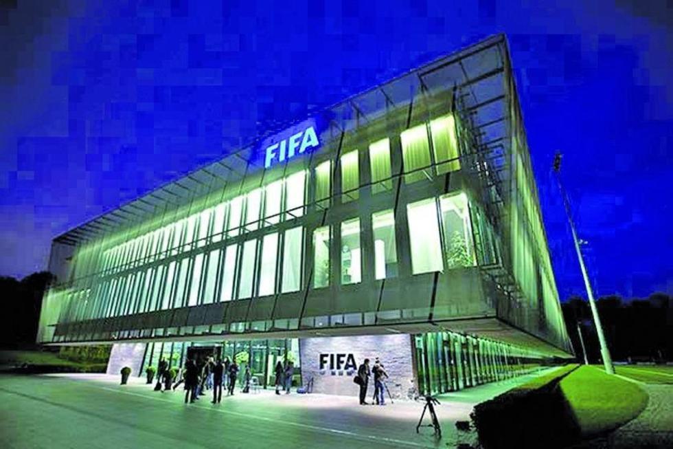 FIFA disuelve fuerza contra la discriminación