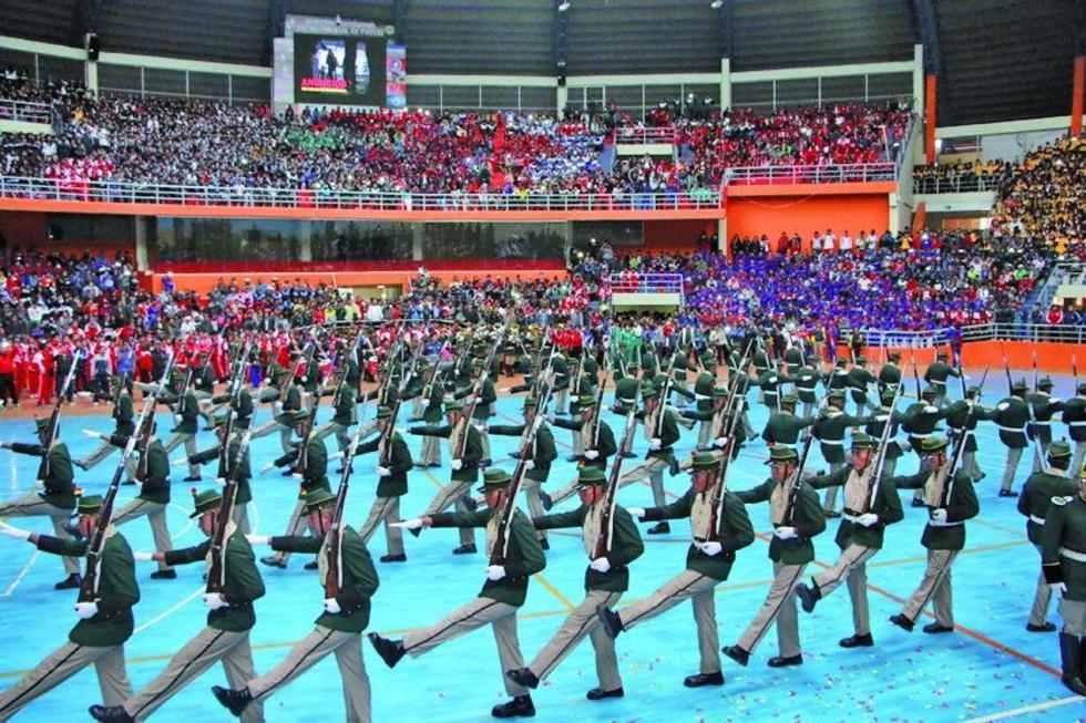 Los soldados del RIA III Pérez  durante su demostración.
