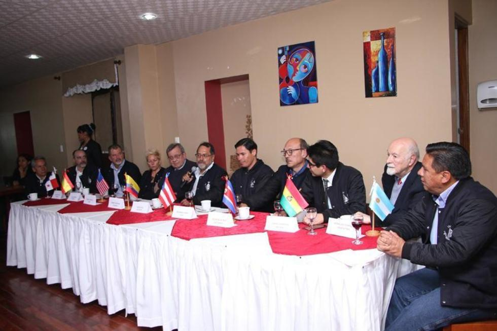 El programa Tertulia de anoche reunió a expertos que asisten al encuentro