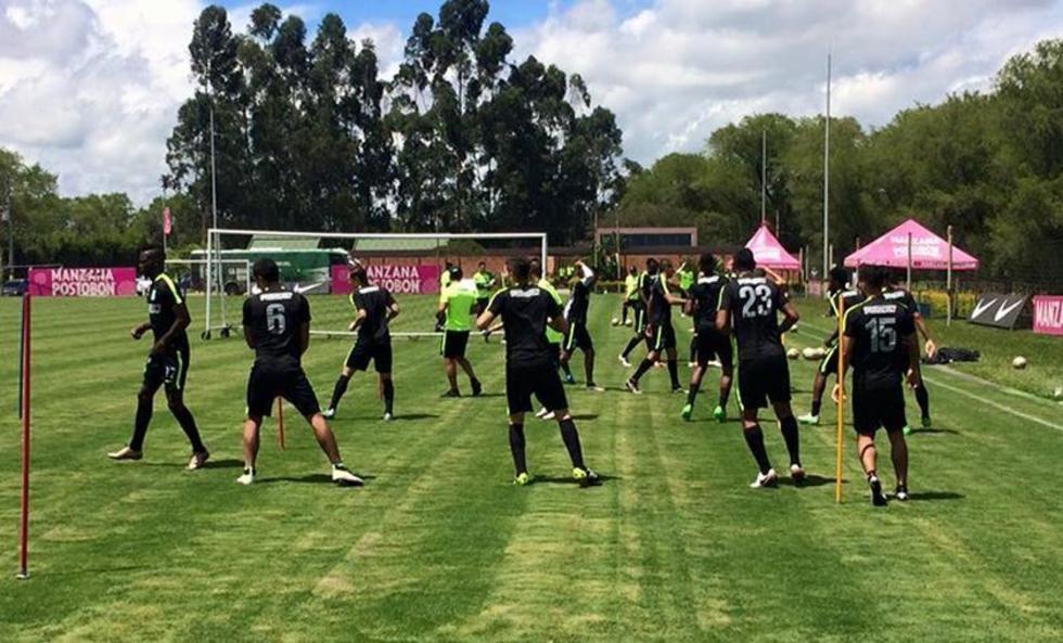 El plantel de Atlético Nacional durante su entrenamiento.