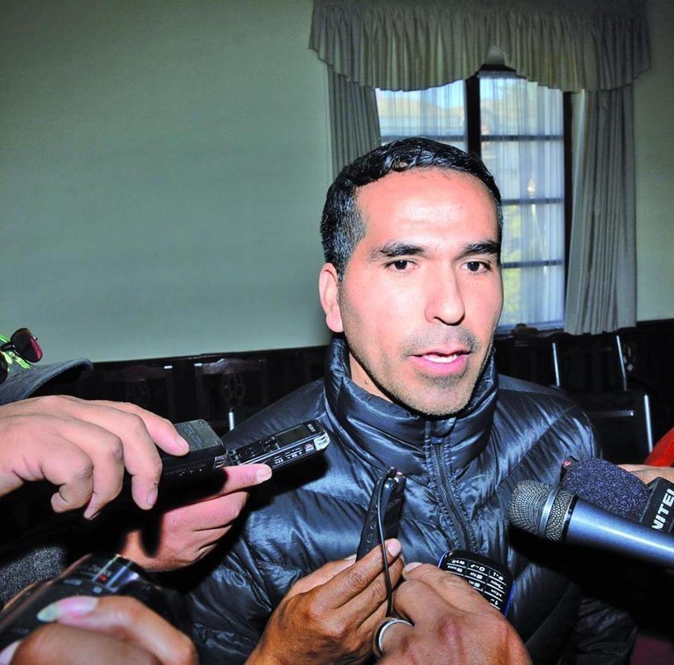 Separan a Raúl Orozco de dirigir el duelo de esta tarde