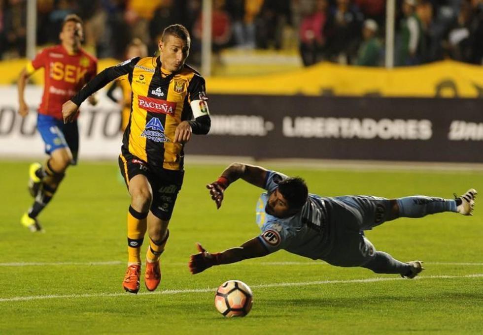 The Strongest selló el pase para ingresar al grupo 2 de la Copa Libertadores con el triunfo categórico.