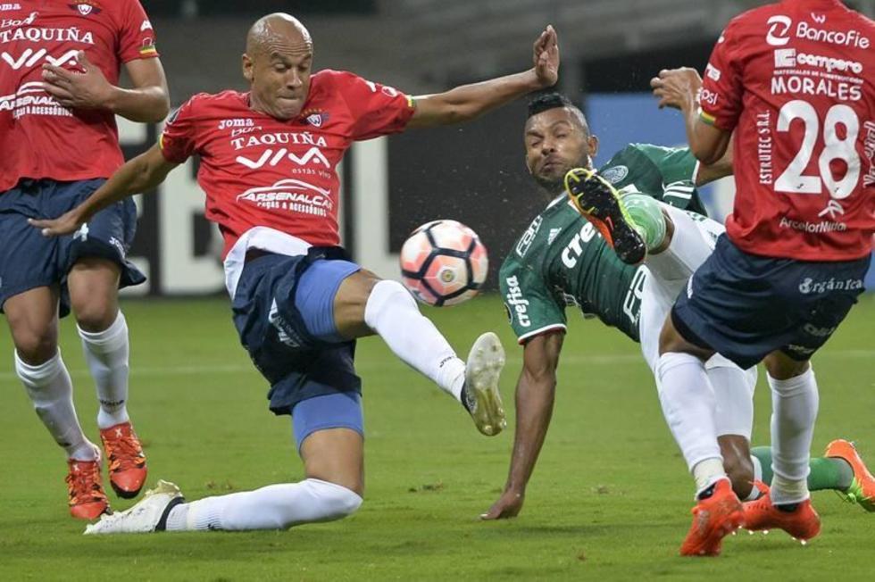 Palmeiras sufrió para ganar a un fortalecido Wilstermann